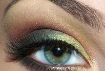 Pretty eye makeup / by Carole Pray