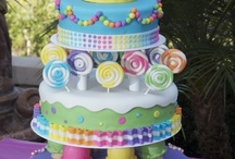 Cakes & Cupcakes / Decorating ideas, icing, Cakes & Cupcake receipes / by Sherry Holton Nodine