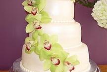 Cakes / by Kristi Maria