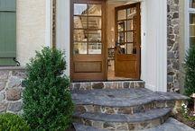 Doors, I love doors / by Michelle Estrada