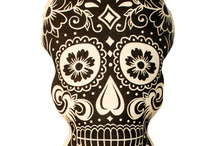 Skulls / by Kristin Kokkersvold