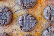 Food: GF desserts / by Christy Meyer