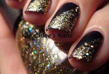 nails! / by Elena Zehnder