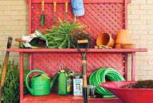 Garden-Potting benches / by Deb Bahr
