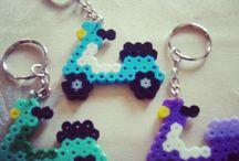Strijkkralen sjablonen - Perler Beads DIY / by Diana Slor ♚