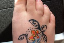Honu tattoo / by Johnna Yacoub