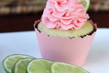 Cupcakes / by Sarah Therien