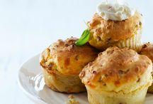 Recipes: Party snacks / by Jasmin Pape