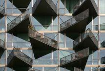 ARCHITECTURE - Fantabulous Facades / by Adriana Contreras