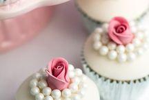 cupcakes / by Chris Kamen