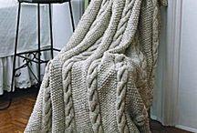 Knitting/crochet / by Brooklyn Palmer