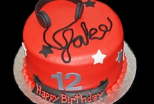 Cake Ideas / by joanna sharp