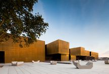 Architektur / by Ghously