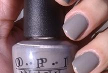 Nails Nails Nails / by Lauren Marra