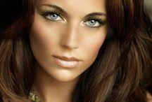 makeup  / by Hallee Zinck