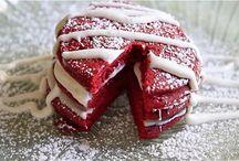 Red Velvet / I love Red Velvet Cake!!!!!!!! / by Melinda Hampton
