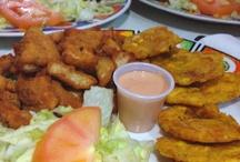 Puerto Rico y su comida. / by Enid Berrios