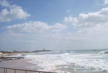 26 Fevereiro - Waves at Carcavelos Beach - Estoril Coast / decent day for surfing with a pleasant 60º Fahrenheit  / by Hotel Riviera -Carcavelos, Lisbon Coast