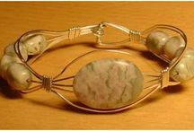 Jewelry: Wire Bracelets and Bracelet Components / by Jill Duncan-Jack