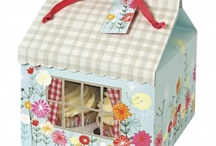 Beautiful Baking / Gorgeously pretty and colourful accessories to turn your home bakes into beautiful presents / by Berry Red
