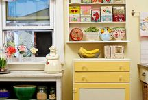 kitchens / by Sandy Graves