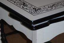 Vintage Enamel Topped Tables / by Jen Score