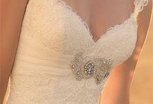Wedding Dresses / by Hope Sandoval