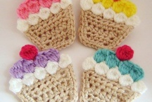 Crocheted Buttons / by Aura Lipinski