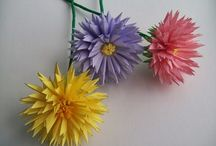 Paper flowers/crafts 2 / by Nicole Ritchey