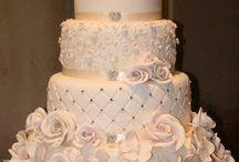 Wedding Cakes / by Meagan Jones