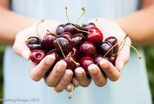 Food Photog. | Raw + Ingredients / by Meeta Wolff