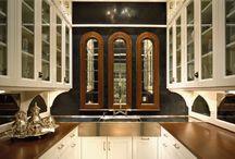 Kitchens / by Melissa Mroczek