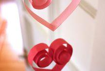Valentine{decor/crafts} / by Juli DeVries