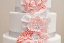 Taarten/cakes / by Esther de Kousemaeker