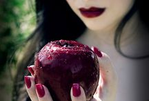 Sleeping Beauty & Snow White / by Wendy Hammond