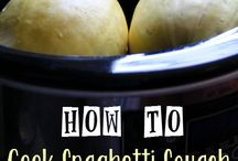 Foodalicious Spaghetti Squash / Entrees, side dishes, and more / by Dawn Craig