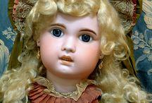 dolls I love / by Julie Weekley-Frampton