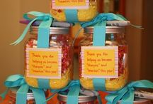 "Teacher Gift Ideas / Creative, easy, and inexpensive gifts for teachers. / by Liza Fewell ""LizaBean Designs"""