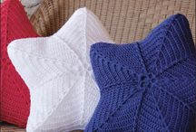 Crochet: Pillows / by Patti Stuart