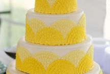 Wedding Cakes  / by Nicole Sykes Mullen