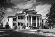 Virginia Plantation Homes / by Toni Baird
