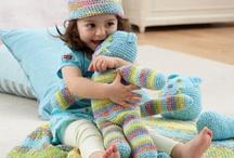 Crochet / by Kira Mattox