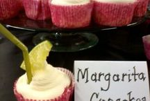Cupcakes - they deserve a board of their own / by Susie Burns