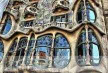 Amazing Buildings / by Chrissie Sullivan