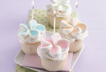 Cakes and Cupcakes / by Brenda Romine