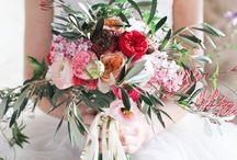 Floral Arrangements / by Meredith Davis