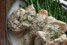 Chicken Recipes / by Leah Fontenelle