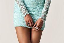 Dresses:) / by Reina Del Rio