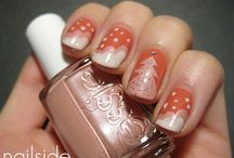 nails / by Melynda Elliott