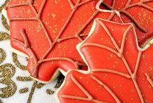 Cookie Decoration Tutorials / by Imane Daher